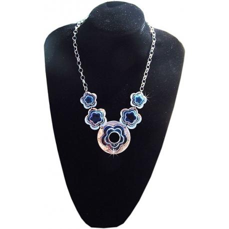 Collier métal argenté et pierre bleu nuit